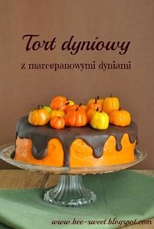Tort dyniowy z marcepanowym...