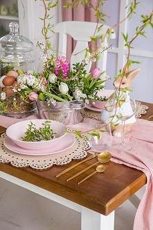 drewniany stół do jadalni w...