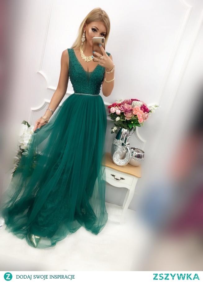 CHARLOTTE - Luksusowa długa sukienka z perłami i tiulem szmaragd sukienkowo.com kliknij w zdjecie by przejść do produktu