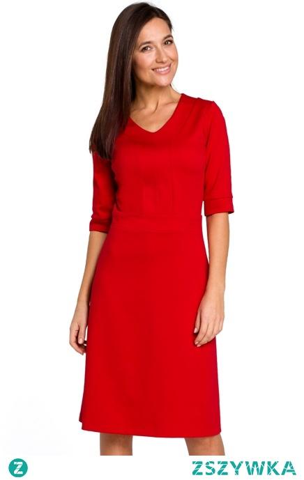 Minimalistyczna klasyczna sukienka