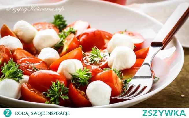 Sałatka z mozzarelli i pomidorów Poli