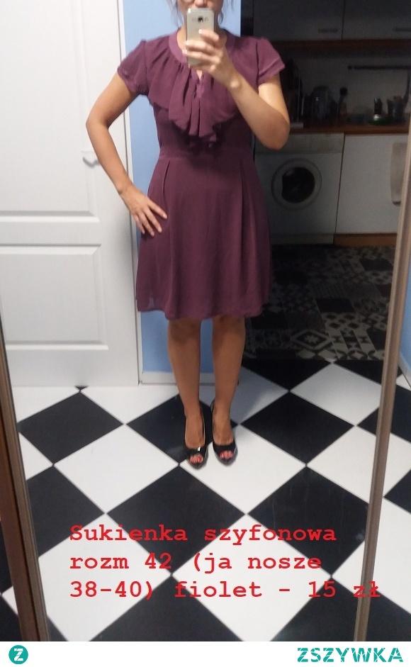 sprzedam sukienka fioletowa falbanki