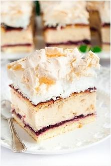Ciasto chałwowe z bezą