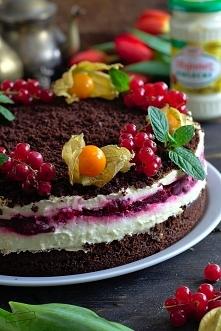 Ciasto majonezowe z masą budyniową i wiśniową frużeliną