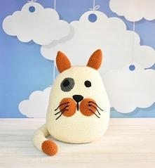 Poduszka dekoracyjna, przytulanka Kotek  Poduszka wykonana ręcznie, zawiera m...