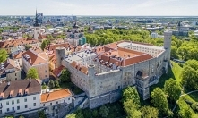 Widoczne przebudowy zamku T
