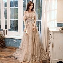 Czarujący Szampan Sukienki ...