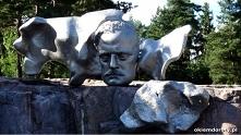 rzeżba w Ogrodzie Sibeliusa