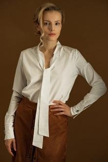 Biała koszula ze stójką wyk...