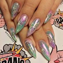 stiletto pastel goth nails