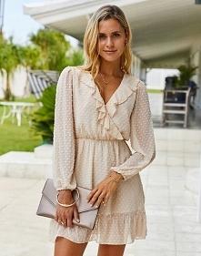 Sukienka krótka na długi rękaw
