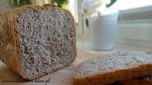 Chleb pszenny razowy z auto...