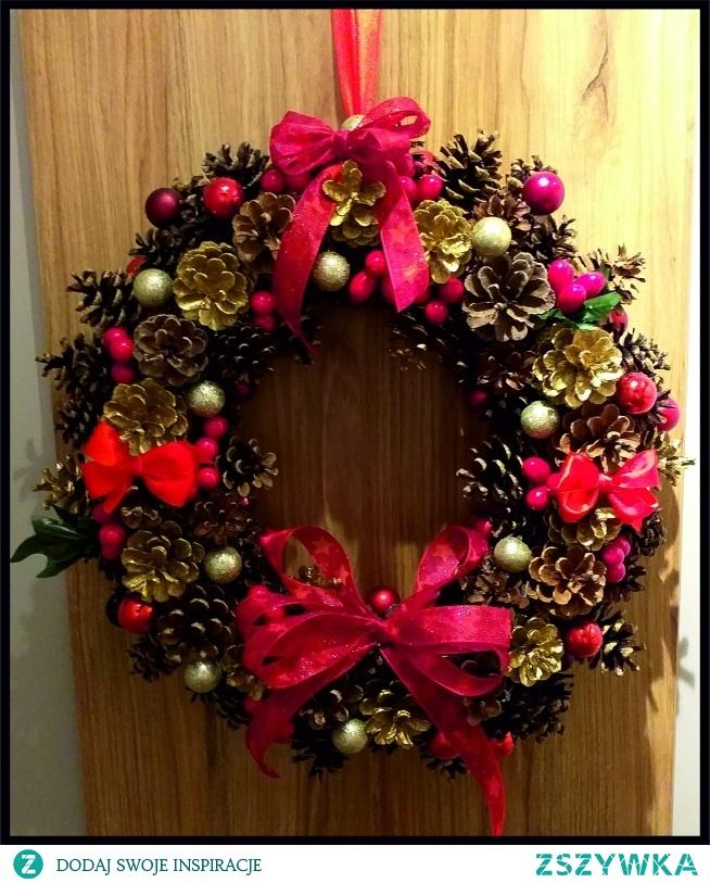 Wieniec świąteczny ręcznie wykonany, duży, średnica ok 40 cm.