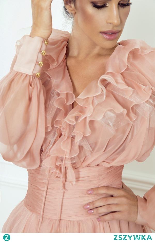 W naszej ofercie znajdziesz ekskluzywne suknie koktajlowe zaprojektowane przez Sylwię Romaniuk. Wszystkie modele są uszyte z tkanin wysokiej jakości, z dbałością o każdy szczegół stylizacji!