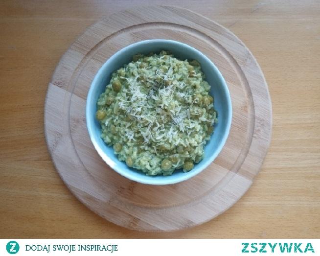 risotto ze szpinakiem i groszkiem