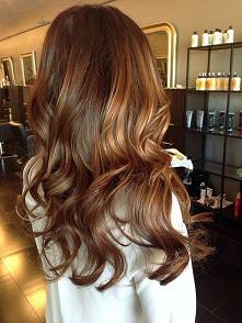 piękny kolor włosów!