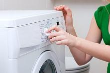 Dlaczego pralka buczy? Co robić? :O