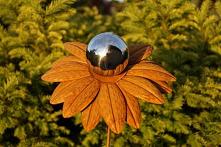 Kwiat ze srebrna kula - wty...