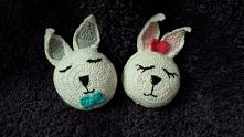 dwa urocze króliczki