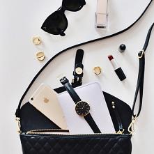 Małe torebki damskie, czyli o odpuszczaniu i priorytetach - felieton Mocem