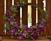 #wreath #wreathmaking #wreathmaker #wreathe #diyhomedecor #diy #handmade #han...
