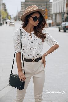 Biała ażurowa bluzka na lat...