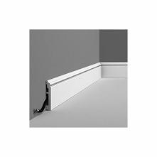Elastyczna listwa przypodłogowa SX173F Contour Orac Decor z kolekcji Axxent. ...