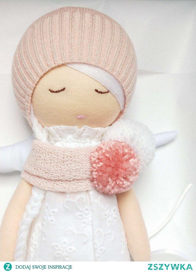 Aniołek prezent na chrzest. Teraz panienka jest w całość miękka, dostała też mini usteczka!