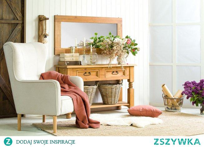 wygodny Uszak wciąż króluje :) konsola drewniana z lustrem meble-woskowane.com.pl