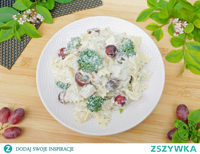 Sałatka makaronowa z brokułem i winogronami Przepis w tagach