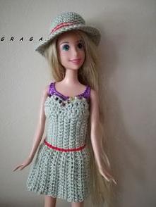 Sukienka z kapeluszem dla B...