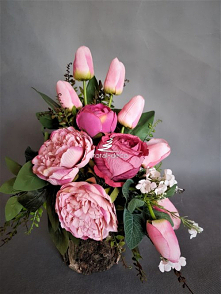 Różowy stroik na cmentarz o...