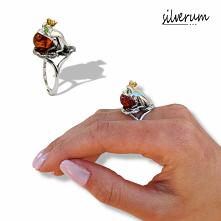 Pierścionek unikatowy w nowoczesnej rzeźbiarskiej formie, wyszukane wzornictwo inspirowane naturą. Sprawdź dostępność lub zamów na silverum.com.pl