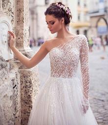 vvv #suknia #jedenrekaw