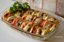 Pachnie nią w całym domu! Zapiekanka z kotletami mielonymi, warzywami i przepysznym sosem. Cały obiad w jednym naczyniu.#zapiekanka #miesnowarzywna