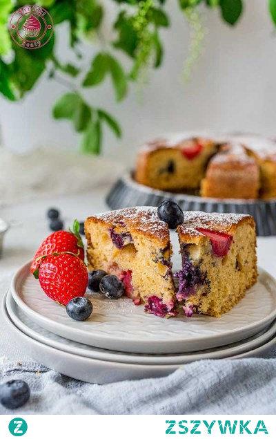 Proteinowe ciasto z truskawkami - Najlepsze przepisy | Blog kulinarny - Wypieki Beaty