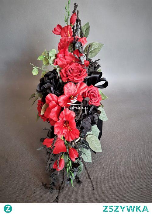 Czarno-czerwony stroik na cmentarz od totaldeco.pl