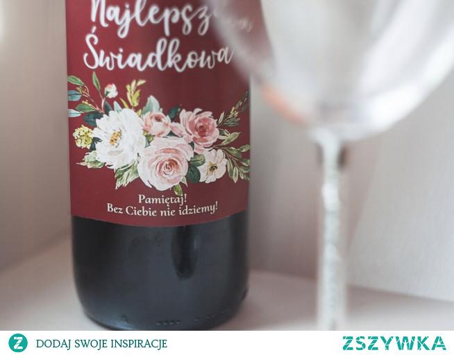 Elegancka kwiatowa i z przymrużeniem oka - prośba o świadkowanie jako naklejka na wino :)