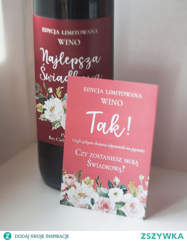Prośba o świadkowanie jako naklejka na wino
