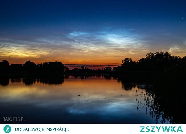 W części Polski dzisiejszej nocy będą idealne warunki do obserwacji nieba. Z pewnością będzie dostrzegalna na niebie kometa Neowise. Spodziewać się można także obłoków srebrzystych, które w ostatnich dniach pojawiają się niemal każdego dnia na niebie.