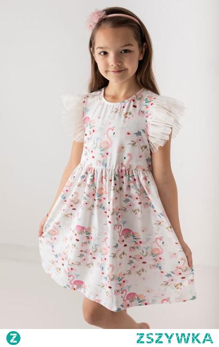 Niesamowite sukienki tiulowe dla małej damy