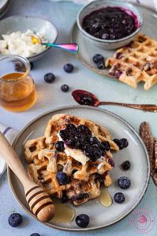 Gofry z borówkami - Najlepsze przepisy | Blog kulinarny - Wypieki Beaty
