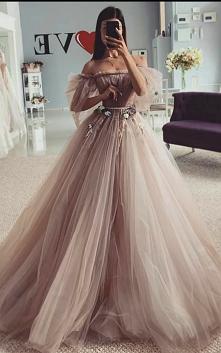 Mega suknia ❤️ #suknia #dlu...