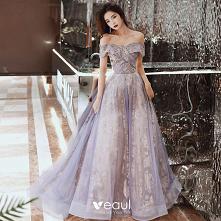 Uroczy Fioletowe Sukienki Na Bal 2020 #SukienkiNaBal #SukienkiWizytowe