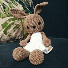 ręcznie robiony króliczek  wypełniony antyalergiczną kulką silikonową idealny na prezent   #mybunny #handmade #zbaawkidladzieci #dladzieci #przytulanka #maskotka #prezent   IG: ...