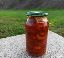 Grzyby z cebulą w pomidorac...