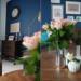 Niebieska ściana w salonie....
