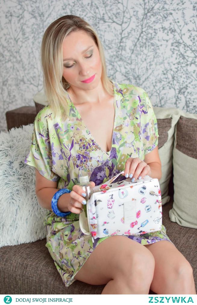 Zebrałam dla Was fajne kosmetyczki z Aliexpress w niskich cenach! Sprawdźcie na blogu