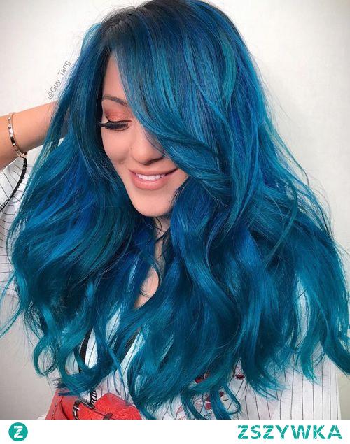 Uwielbiam Niki i te jej niebieskie włosy
