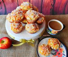Muffiny jogurtowe z jabłkam...